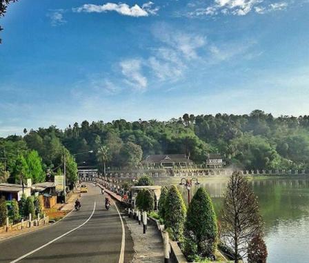 5-tempat-wisata-instagramable-di-purwakarta